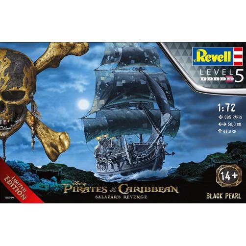 Revell 05699. Didelis klijuojamas Karibų Piratų laivas