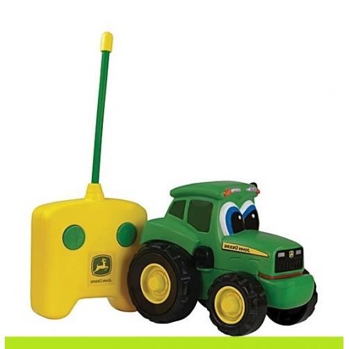 Traktoriukas Johnyy su pulteliu